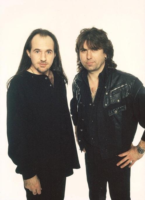 Black Sabbath: Tony Martin (p. 12) - Página 14 The_la12