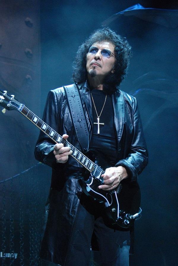 Black Sabbath 50: Legado - Página 2 Tony-i12