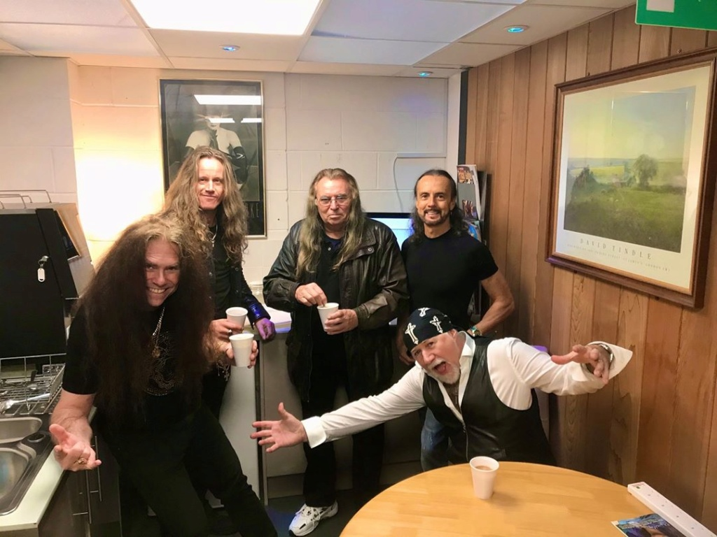Black Sabbath 50: Legado - Página 10 Tony_m19