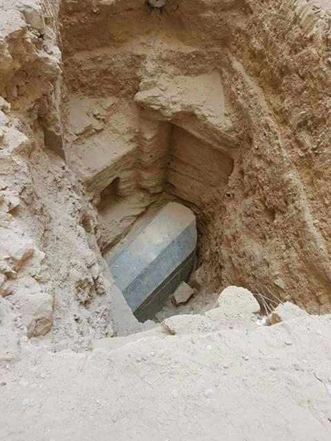 حقيقة التابوت المصري في الاسكندرية بالتفصيل Eeeoee16