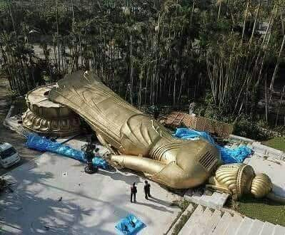 """إله اليابان والهند """"بوذا"""" تسقط ضحية اعصار Eeeoee26"""