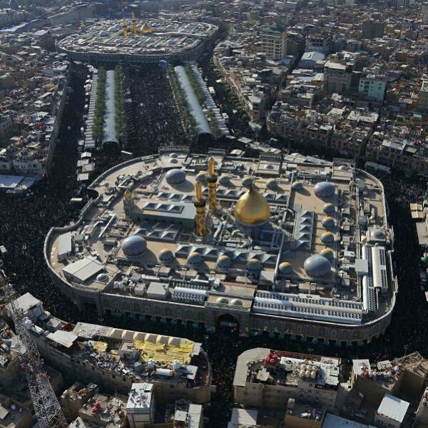 وصول ملايين من الشيعة الي كربلاء لإحياء ذكرى أربعينية الامام الحسين Eeeoee43
