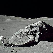 طرح عينة من تربة القمر للبيع Eeeoee44