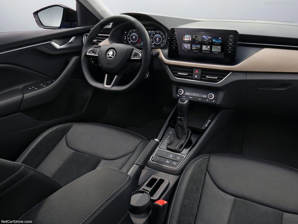 2020 - [Volkswagen] Golf VIII - Page 25 Skoda-10