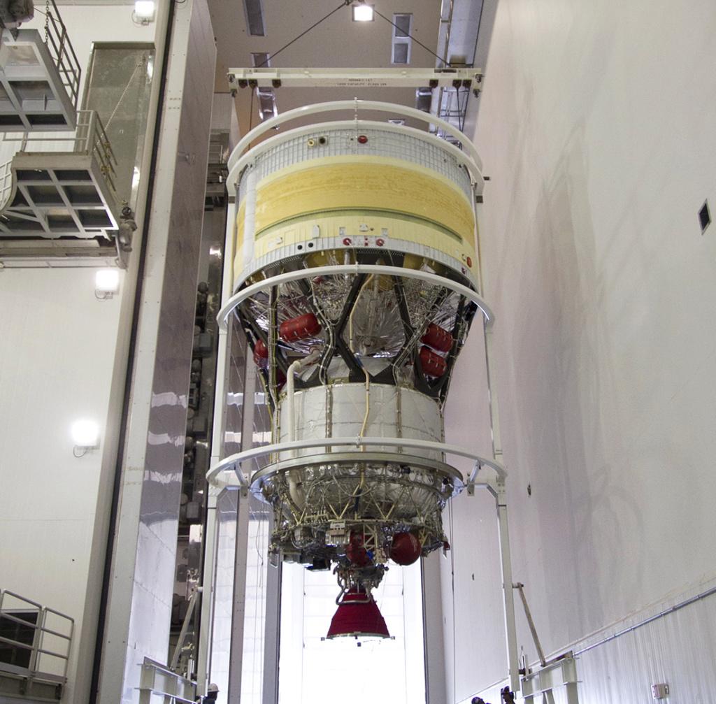 Précisions sur le second étage de la Delta IV  Second11