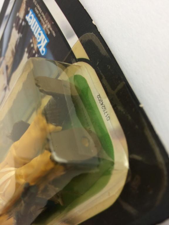 Plastic stip behind carded boosk 14e49e10
