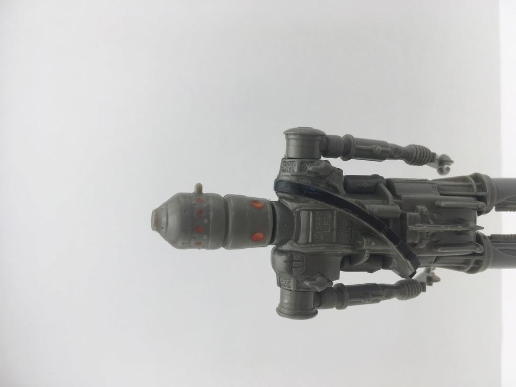 IG-88 plastic variation F6584d10