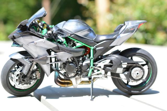 Kawasaki Ninja H2R Tamiya 1/12 Dsc_0112