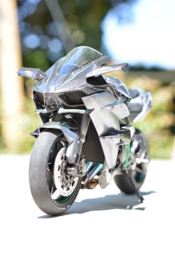 Kawasaki Ninja H2R Tamiya 1/12 Dsc_0114