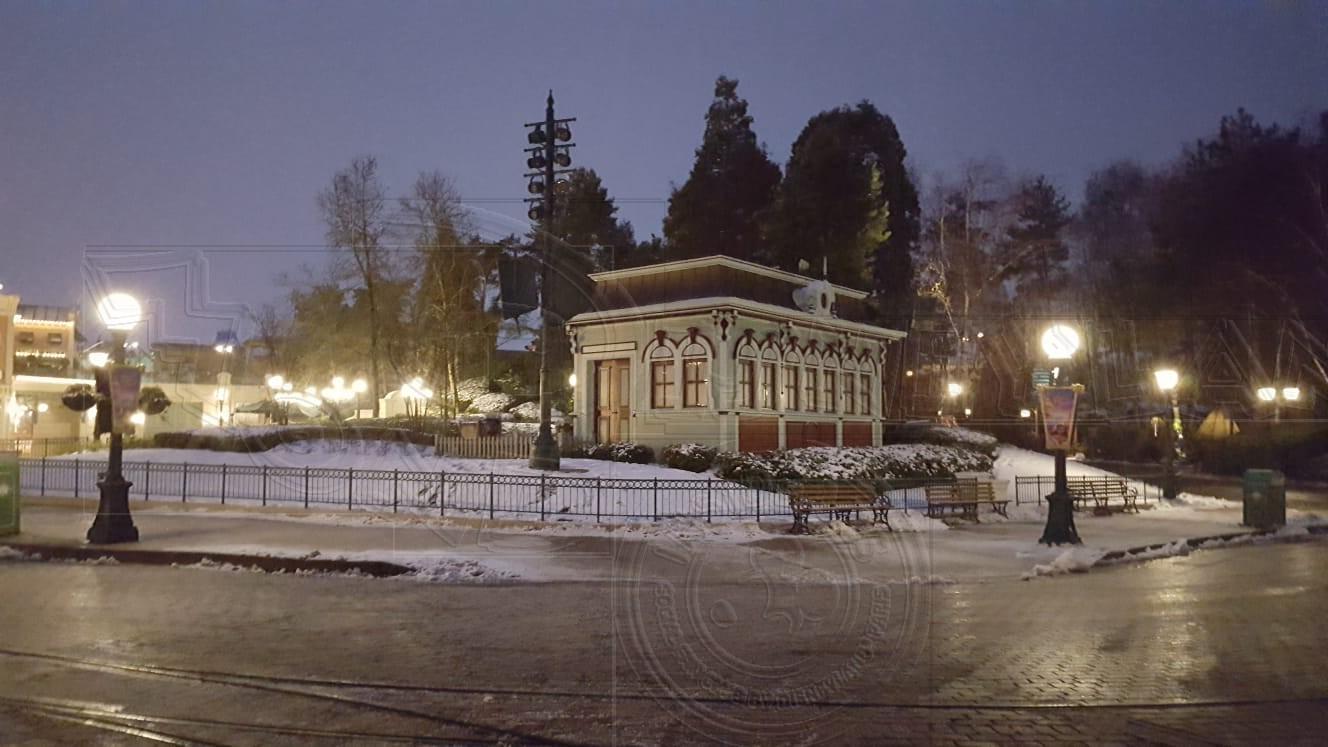2018 - Disneyland Paris sotto la neve - Pagina 4 01neve17