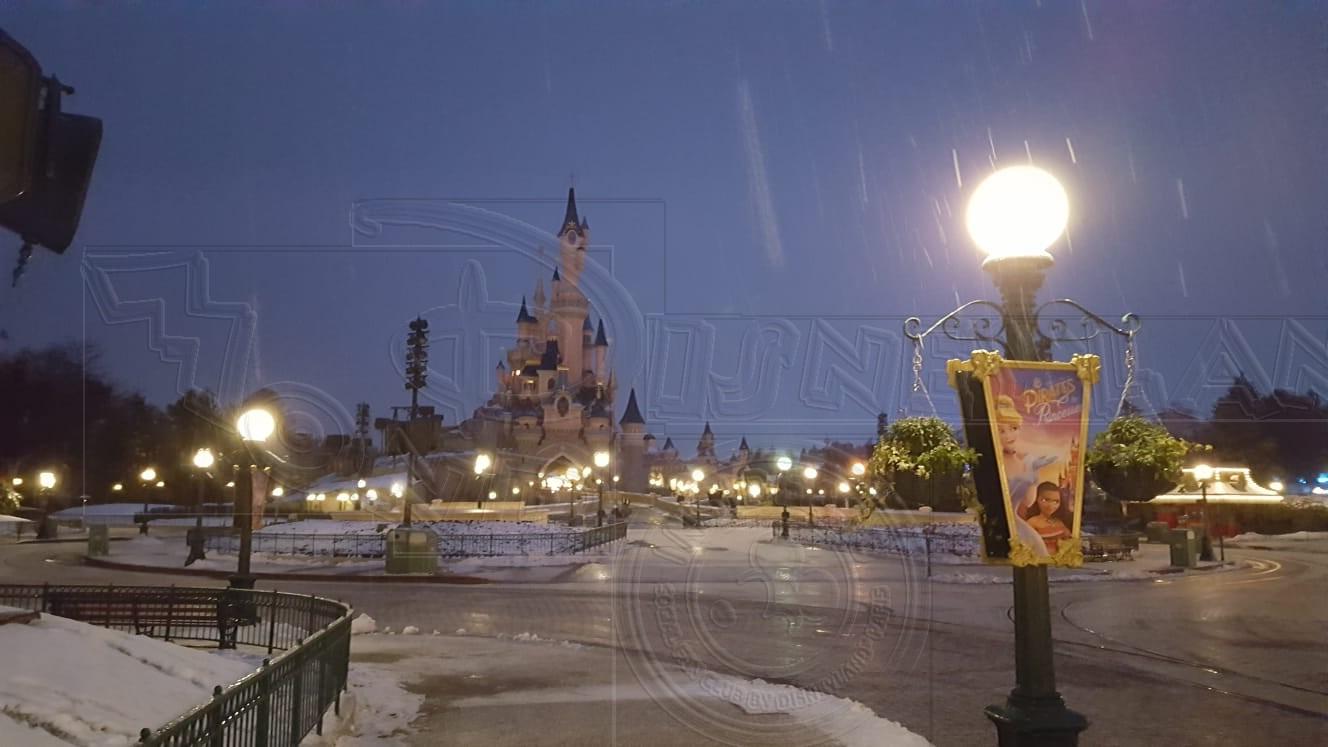 2018 - Disneyland Paris sotto la neve - Pagina 4 01neve19