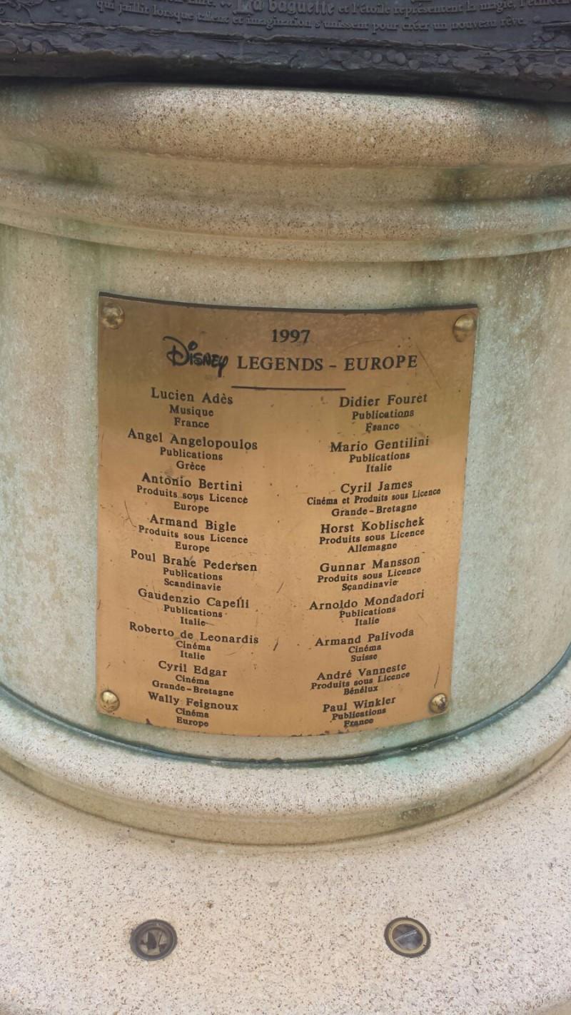 Curiosità e piccoli segreti al Disneyland park - Pagina 3 10633410