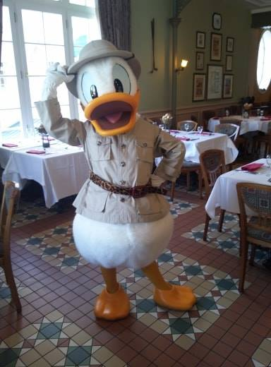 Brunch domenicale al Disneyland Hotel 41509610