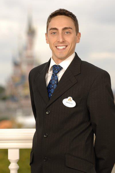 La storia degli Ambasciatori di Disneyland Paris 55579110
