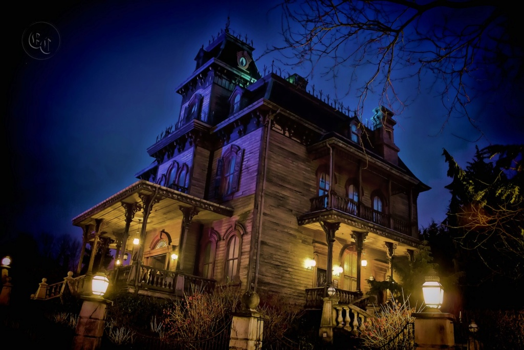 FRONTIERLAND - Phantom Manor 585wm10