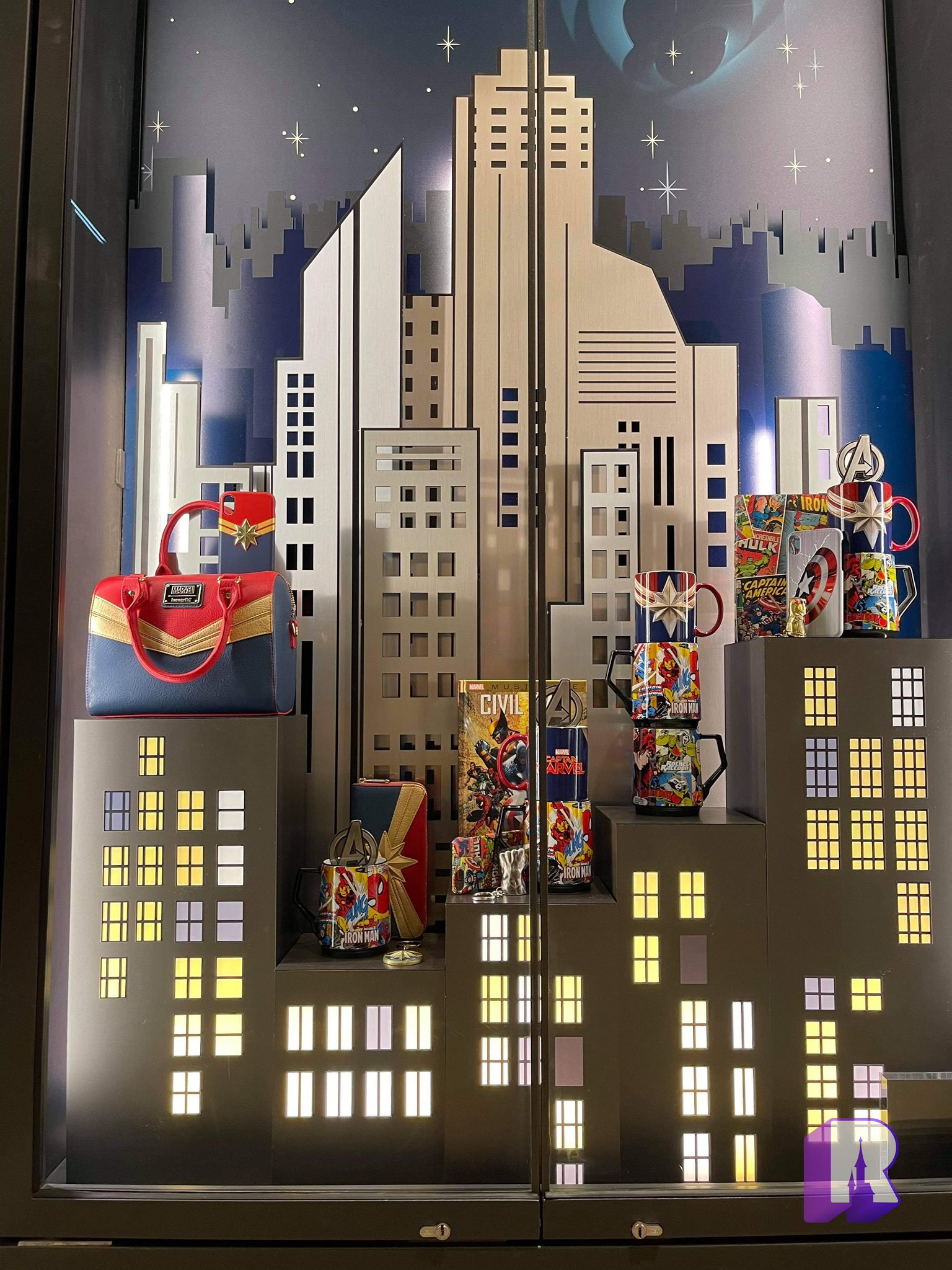 Disney's Hotel New York - The Art of Marvel - Pagina 3 E295d310