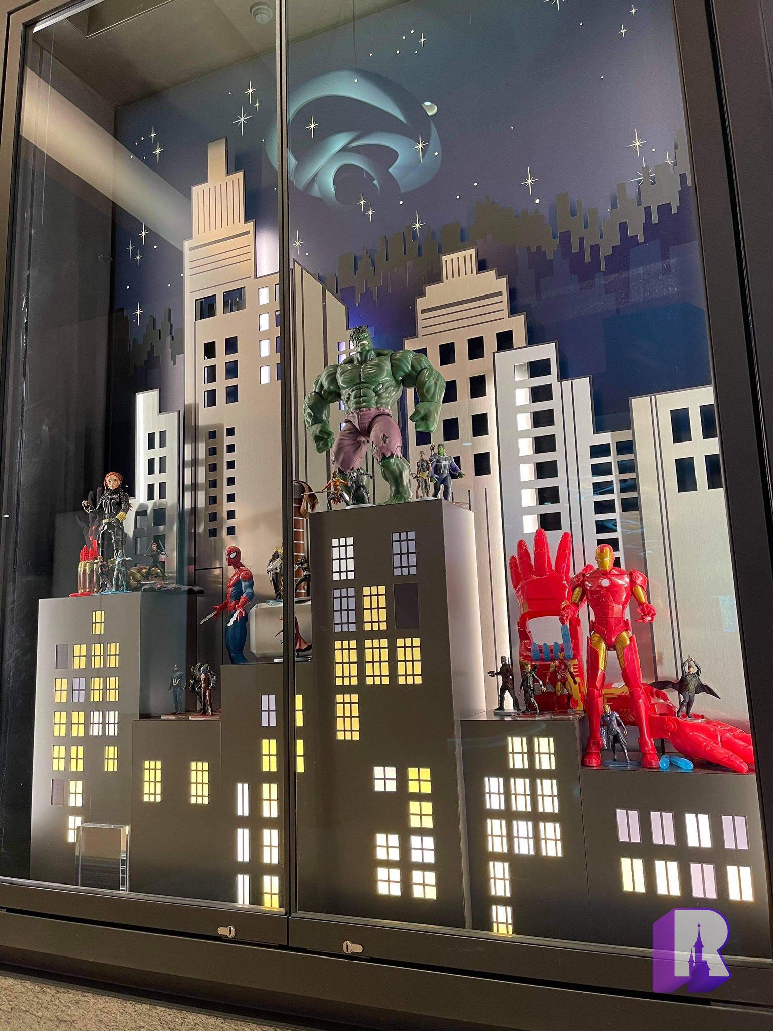 Disney's Hotel New York - The Art of Marvel - Pagina 3 E295d610