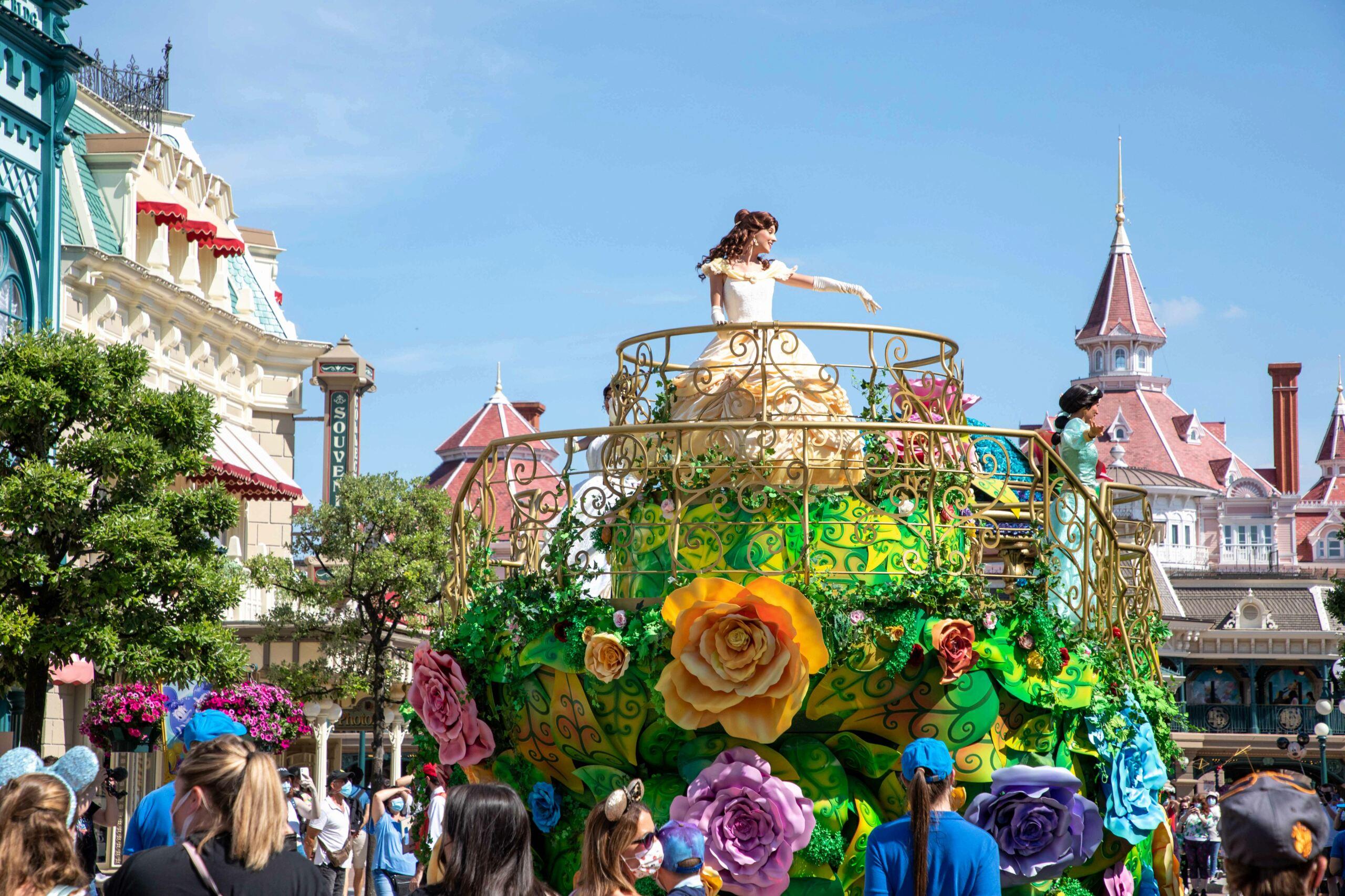 Riapertura di Disneyland Paris - Pagina 12 Enchan12