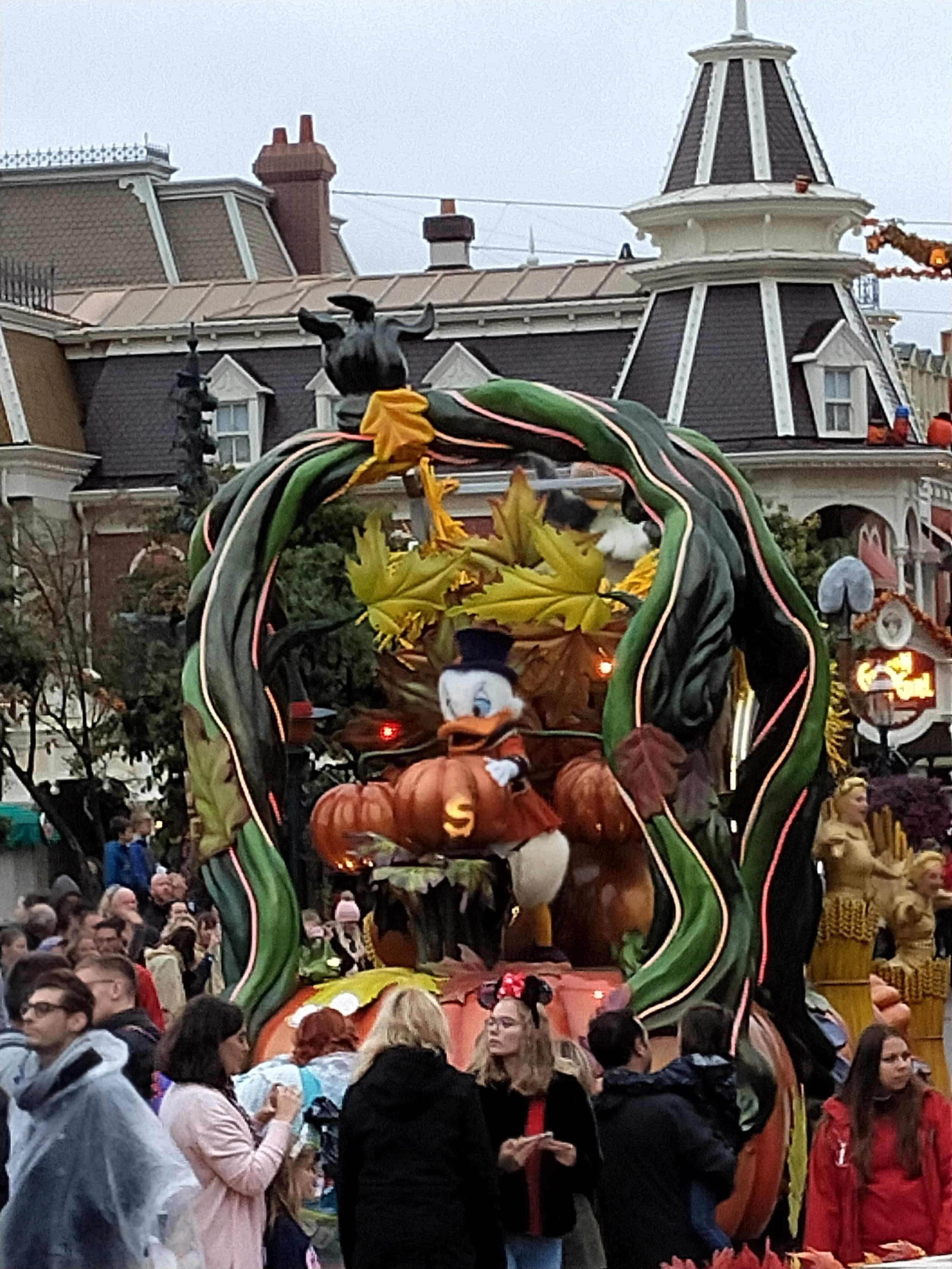 2019 - Festival Halloween Disney - Pagina 5 Img20120