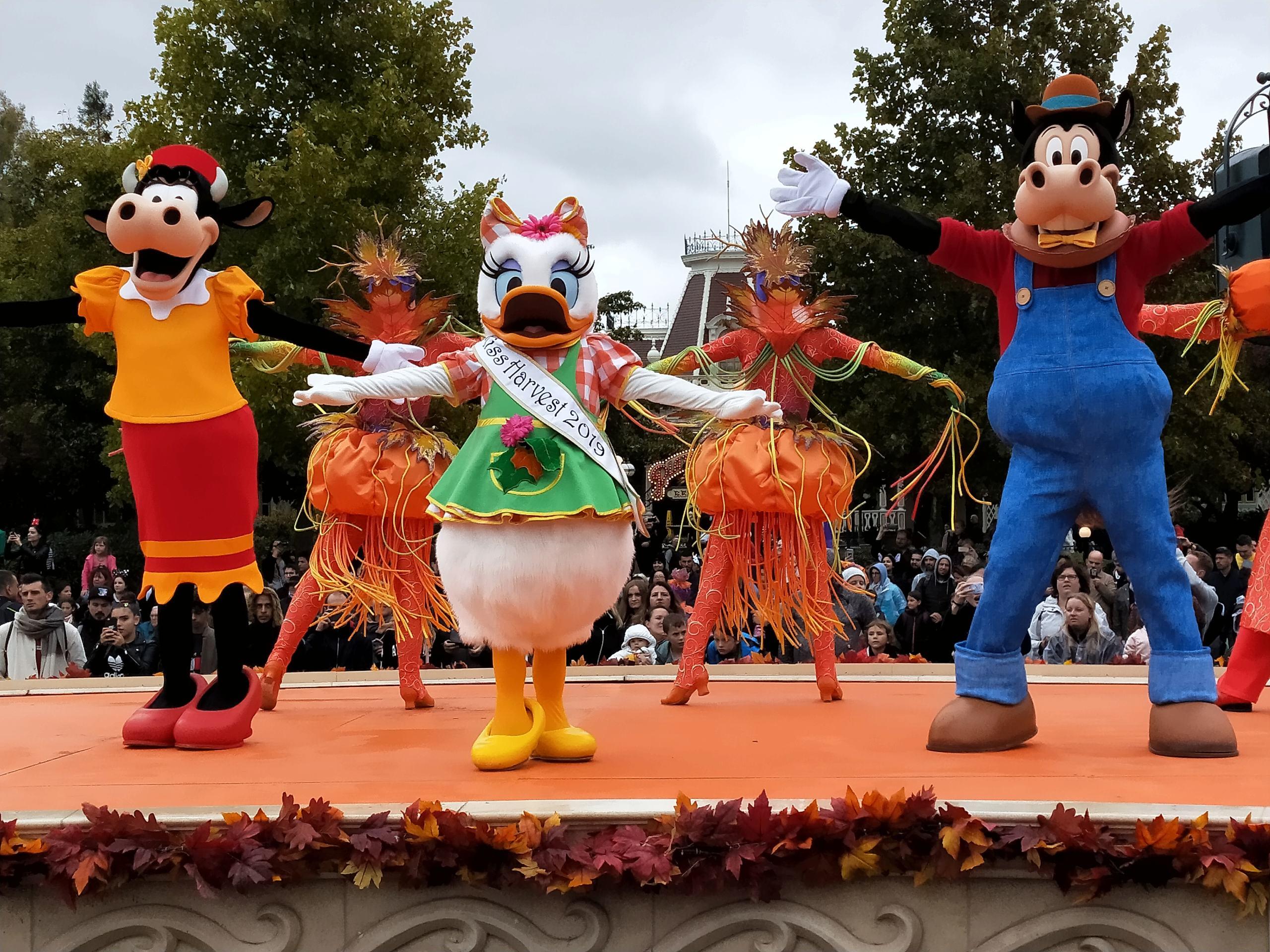 2019 - Festival Halloween Disney - Pagina 5 Img20124