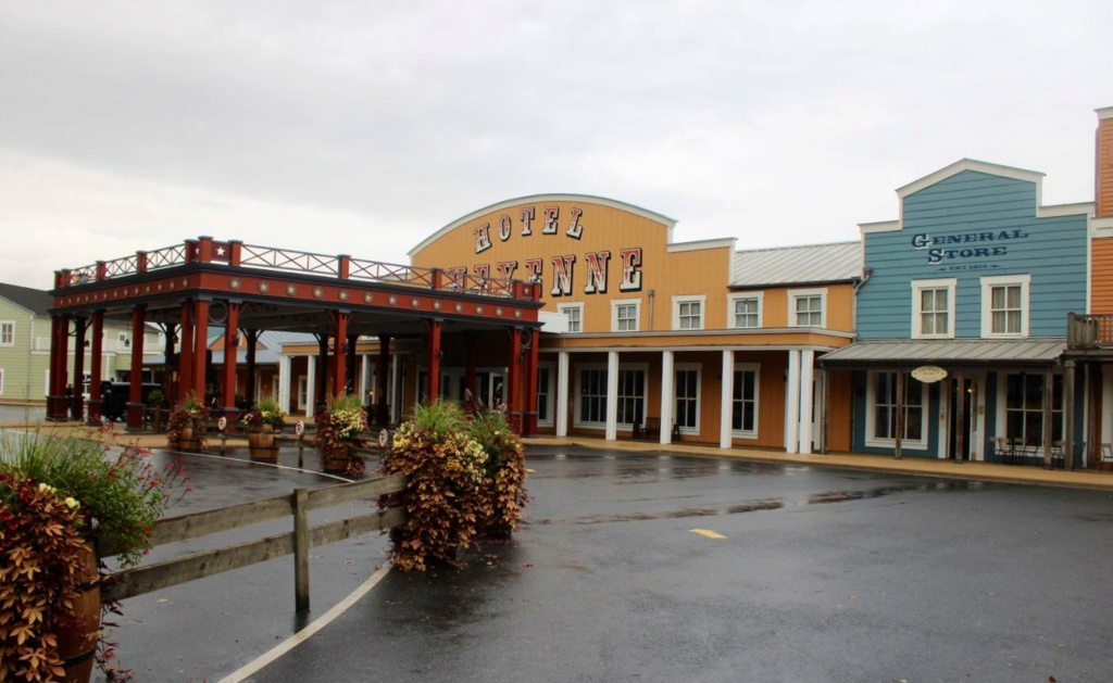 Disney's Hotel Cheyenne ** Img_2040