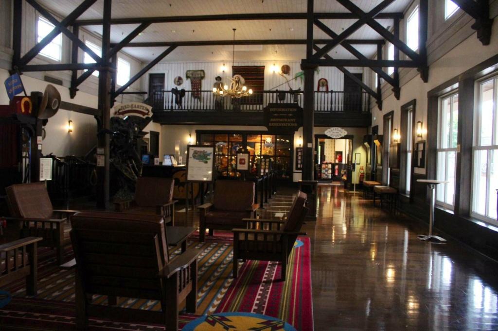 Disney's Hotel Cheyenne ** Img_2041
