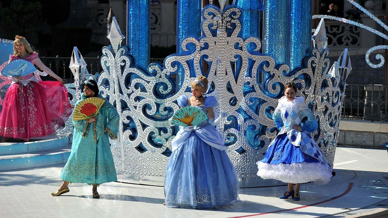 2019 - Noël Enchanté Disney - Pagina 3 N0257410