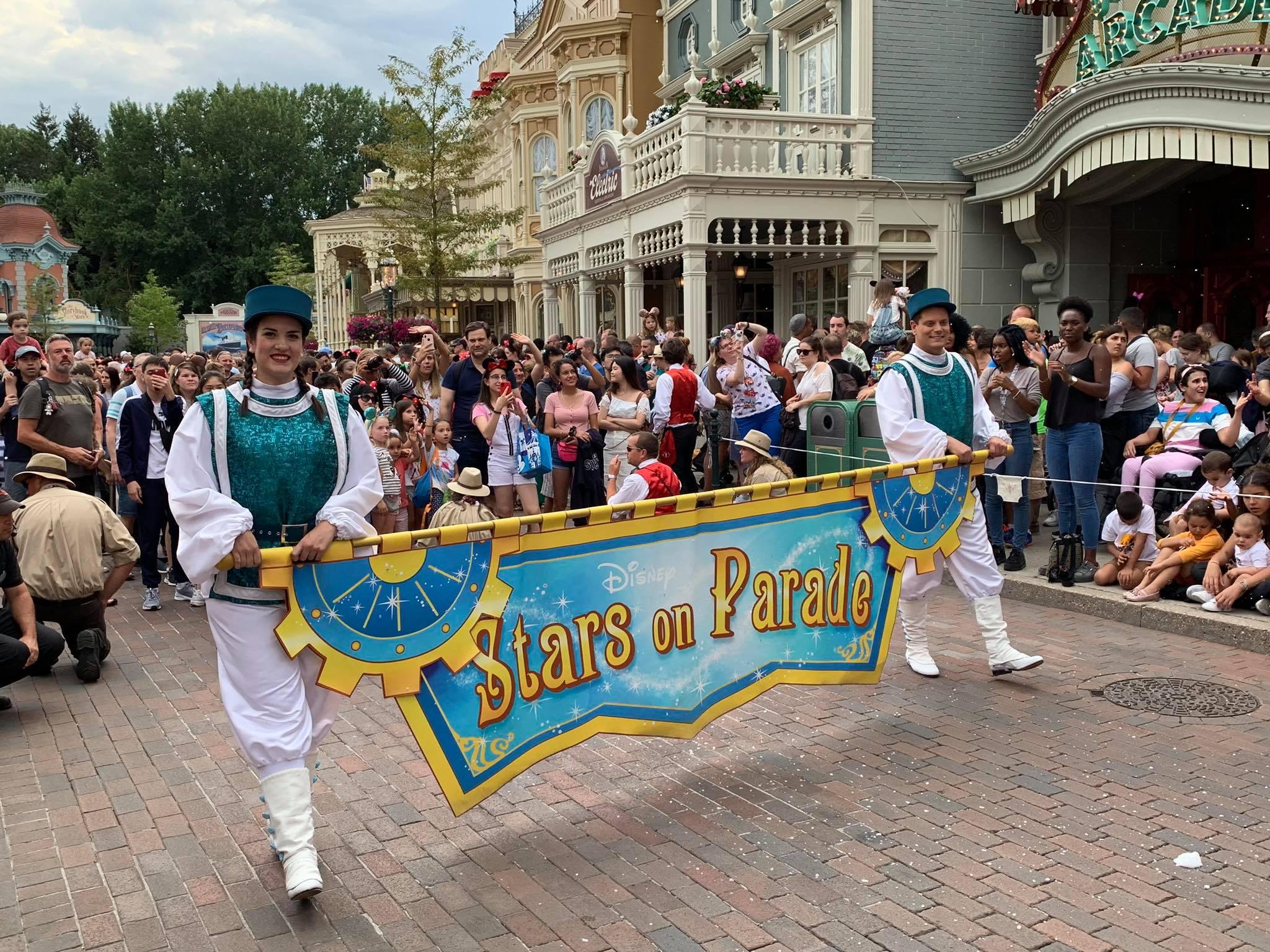 Ambasciatori Disneyland Paris 2019 - 2020 - Pagina 4 Parade10