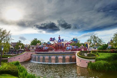 Calendario chiusura attrazioni a Disneyland Paris - Pagina 4 Wall13
