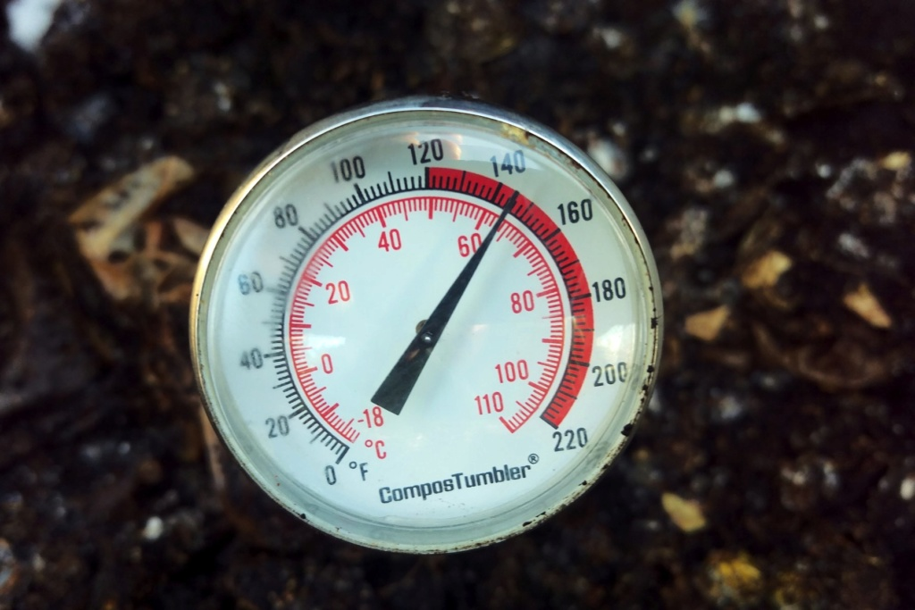 Tips for compost tumbler - Page 6 Temp10
