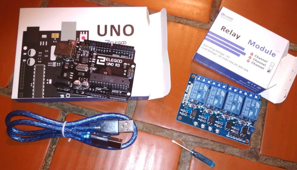 Porte automatique autonome de mon poulailler (sur panneau solaire) Img_2010