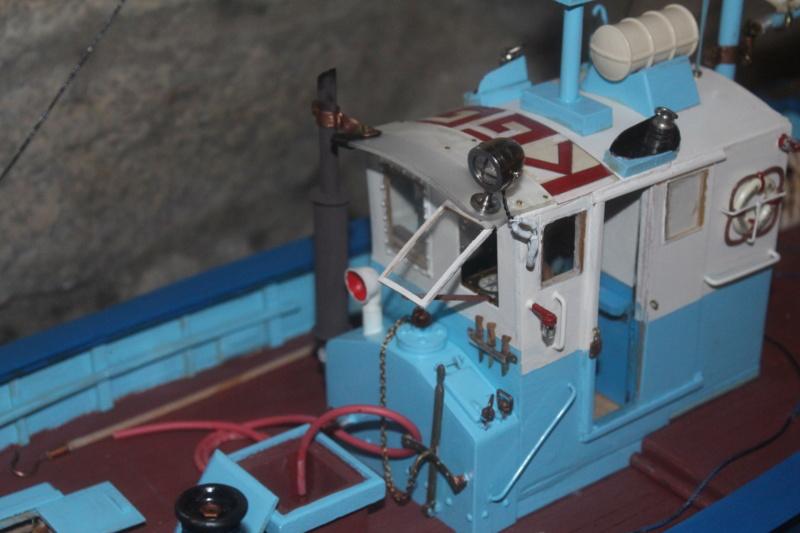Mon 3ème bateau La barque se St Pierre ( chalutier cotier caseilleur ) Img_4765