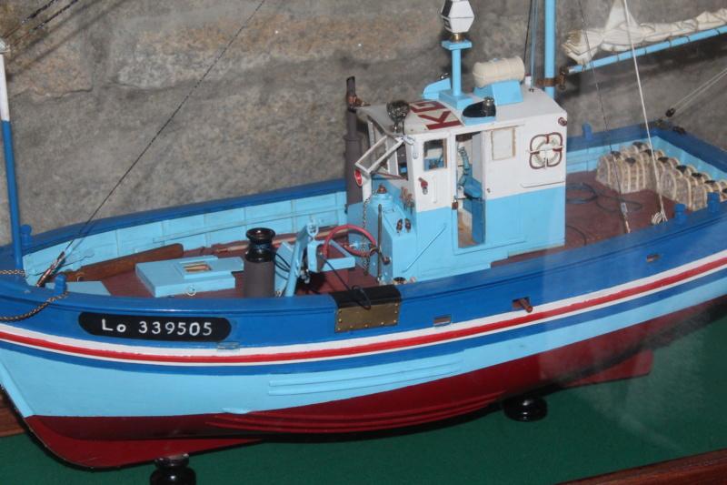 Mon 3ème bateau La barque se St Pierre ( chalutier cotier caseilleur ) Img_4772