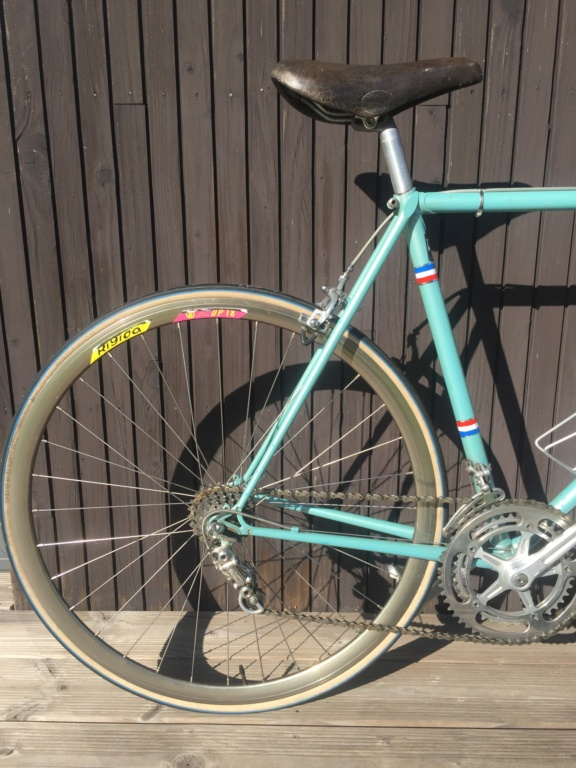 Besoin d'avis sur ce vélo italien en Campagnolo Img_5212