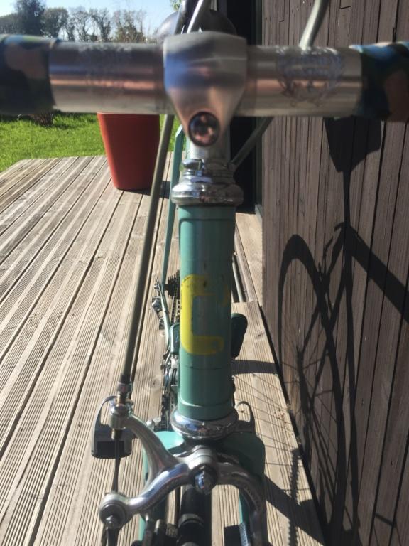 Besoin d'avis sur ce vélo italien en Campagnolo Img_5214