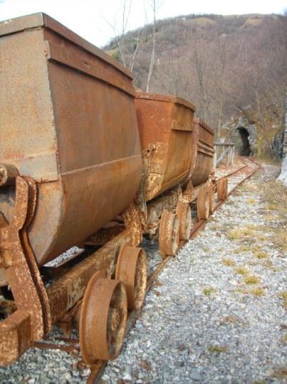 Conoscere le miniere di Gorno Vagoni11