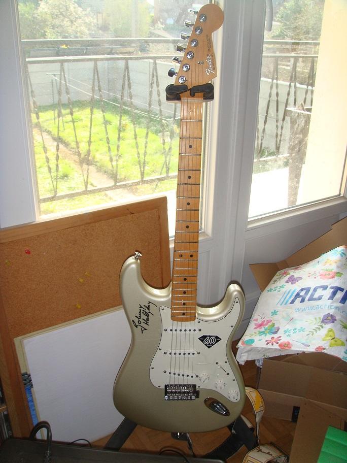 hors sujet les guitares de Canaille Dsc07918