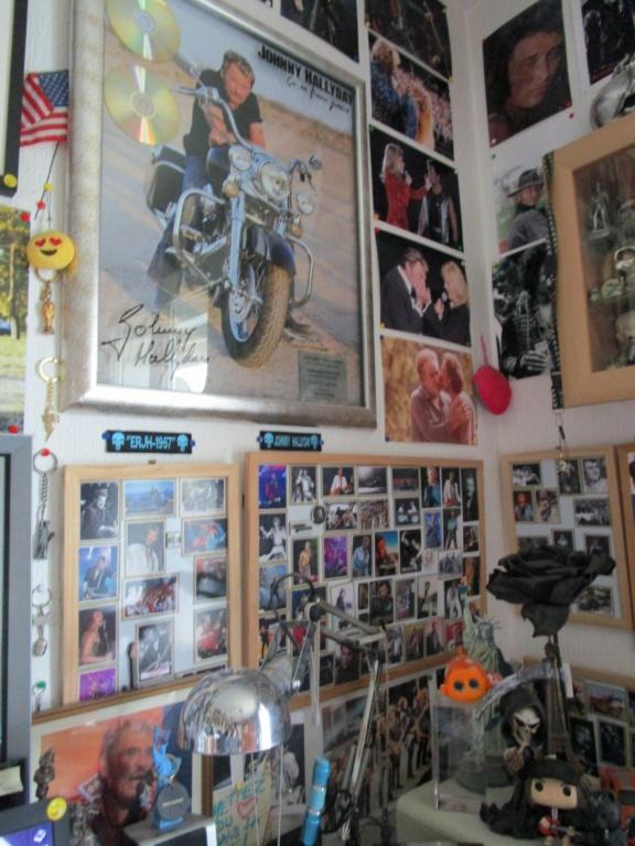 Au sujets de photos & de magnets de Johnny - Page 2 Foto_310