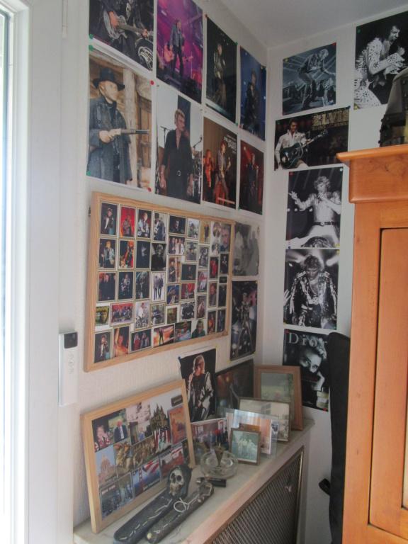 il vend toute sa collection dédiée à Johnny Hallyday sur Le Bon Coin Img_0011