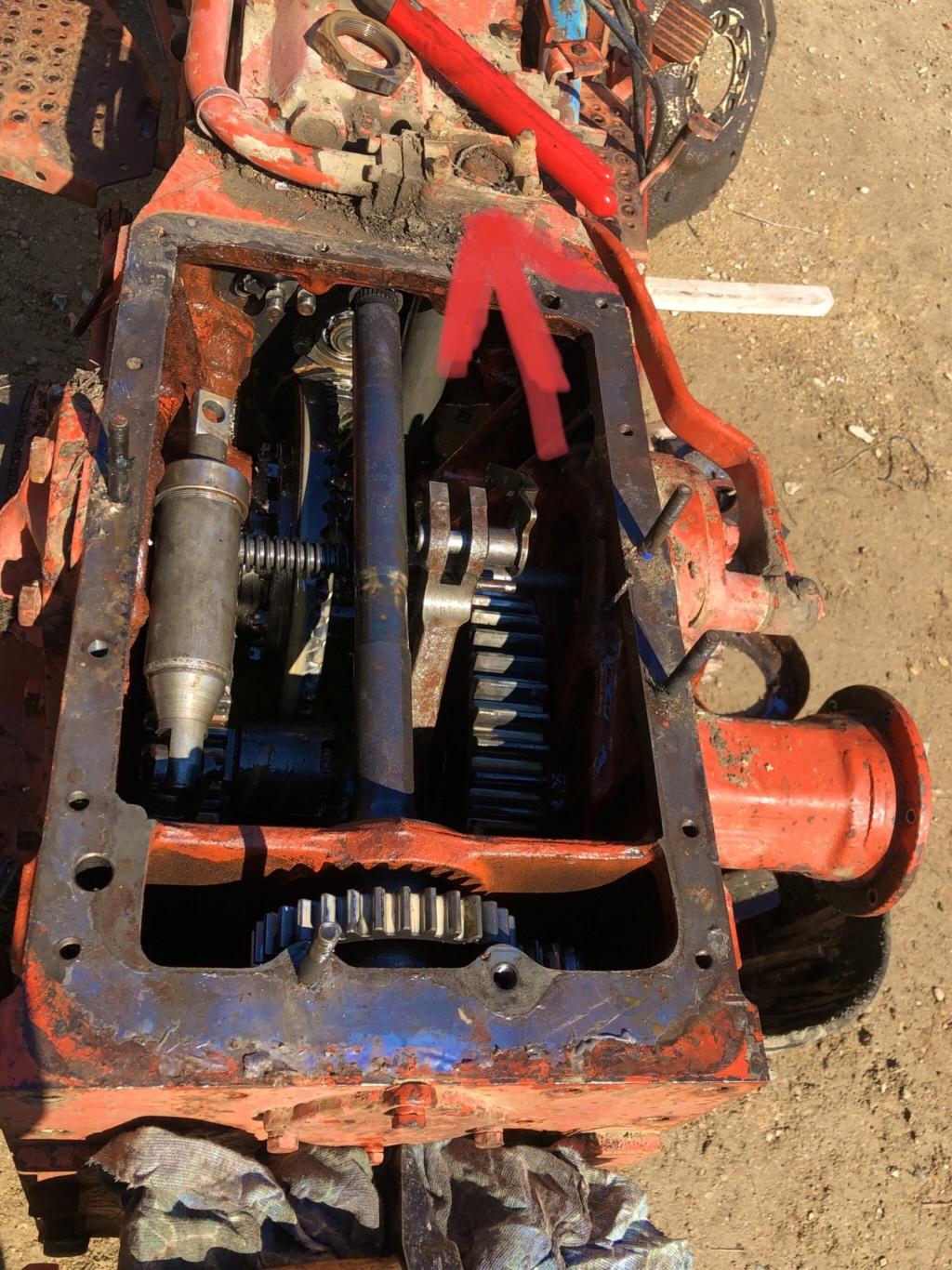 Démontage moyeu arrière car fuite hydraulique  01af1510