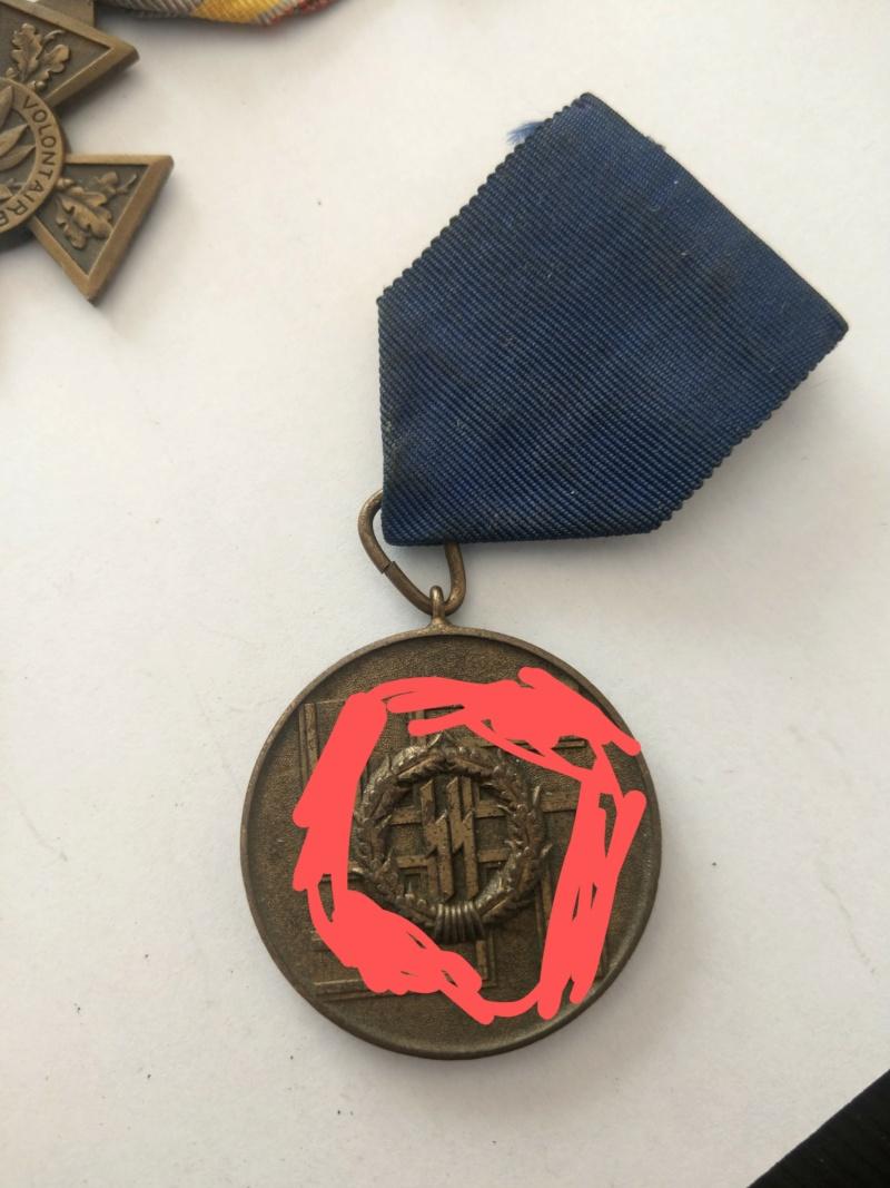 Médaille SS 8 ans de service dans la police - WW2 Imag2516