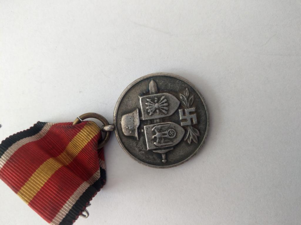 Médaille des volontaires espagnols partis en Russie - WW2 Imag2528