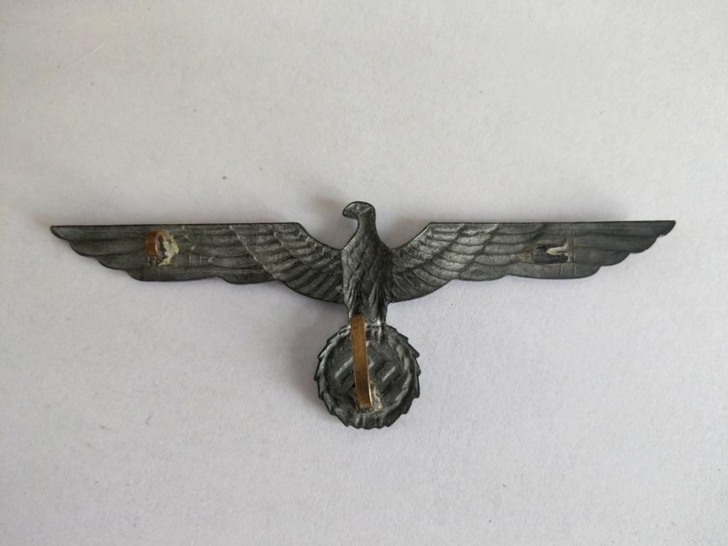 Insigne de casquette aigle - WW2 Imag2530