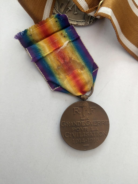 Décorations militaires de la WWI à estimer Imag2537
