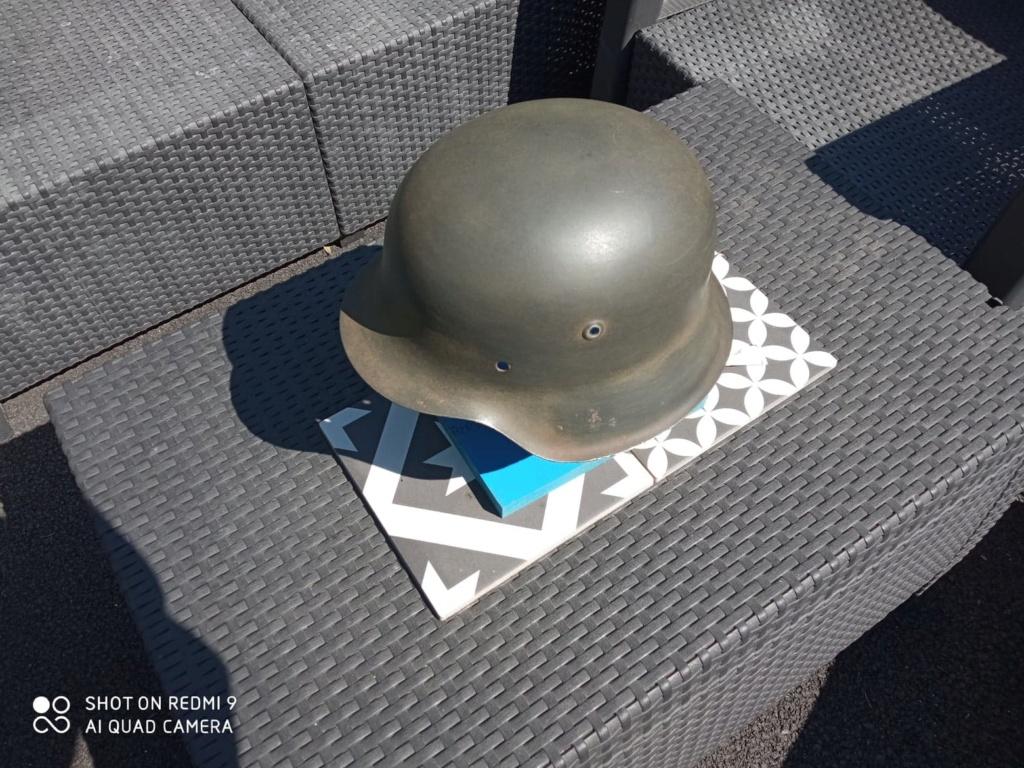Identification d'un casque allemand m42 212