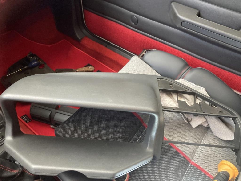 [58] 205 GTi 1.9 - 130cv - AM88 - Blanc Meije  2089cc10