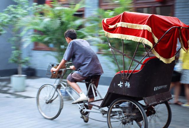Le vélo...la mort lente de l'économie !!! - Page 2 10dd6310