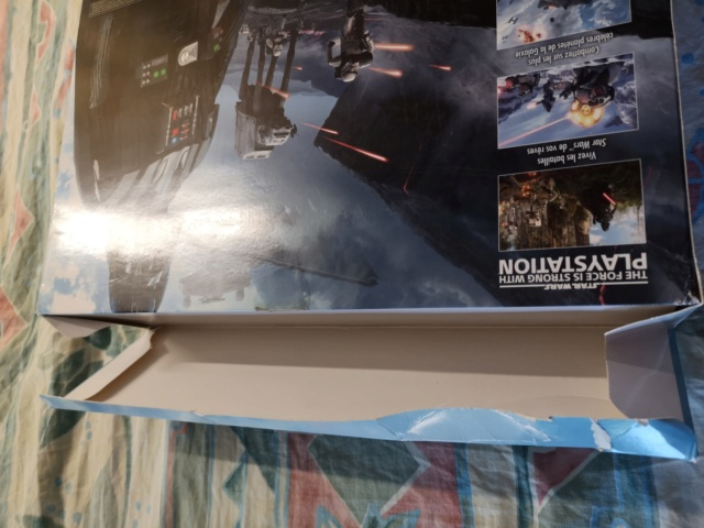 PS4 pro collector Star Wars et PS4 collector Star Wars + GOW Collector Img_2028