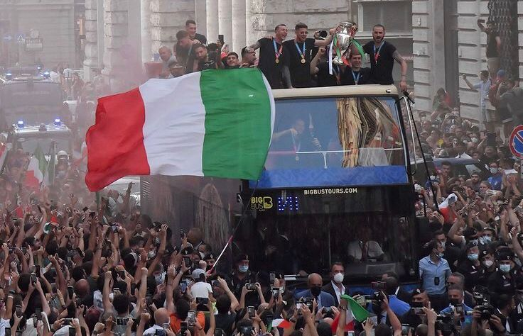 Italia Campione d'Europa! Bus10