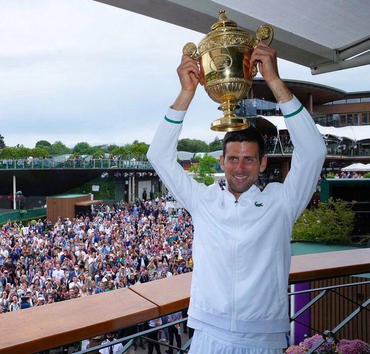 Berrettini non riesce nell'impresa: è Djokovic a trionfare a Wimbledon Djokov10